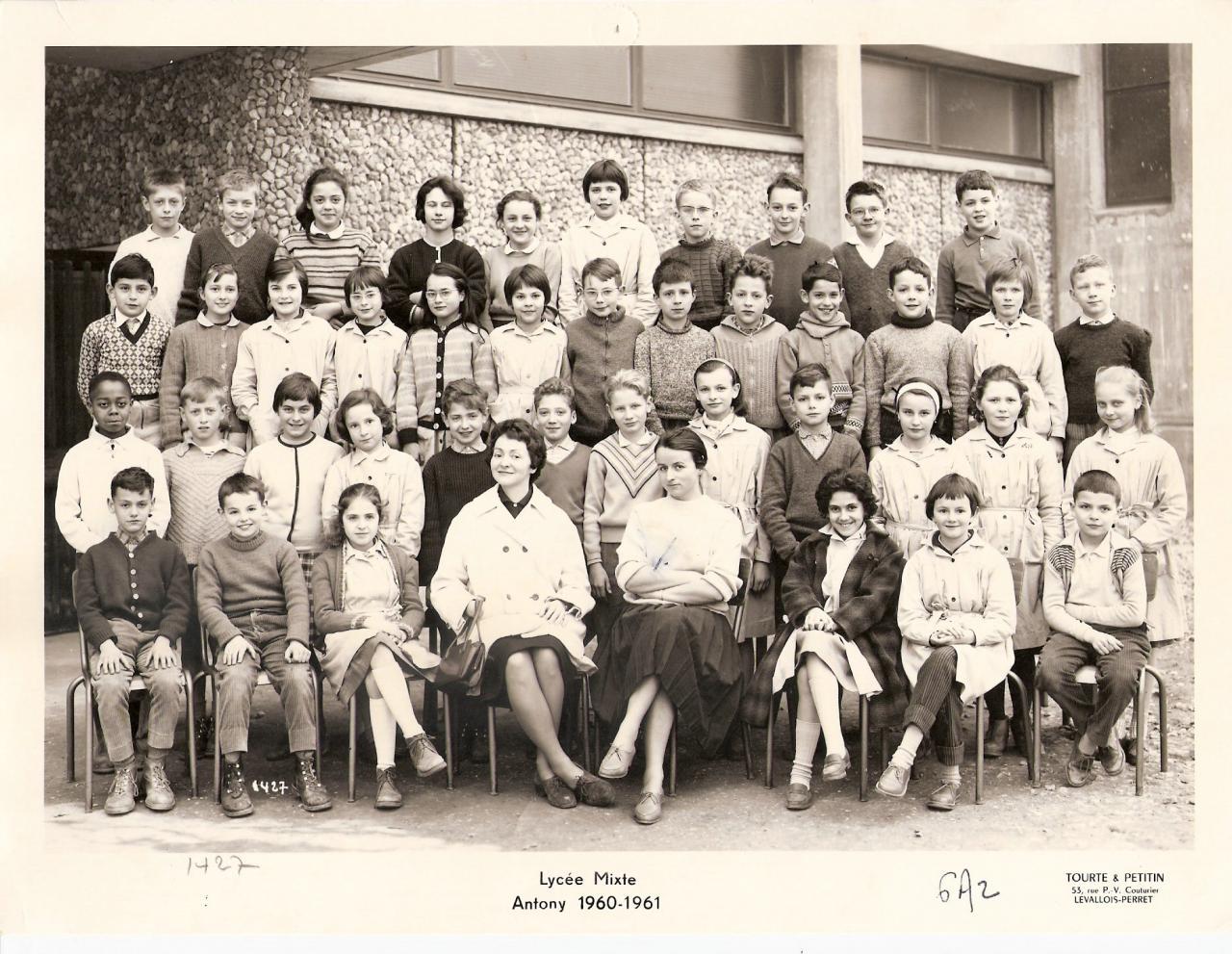 1960-61 6A2 avec Mmes Salanskis et Moulac