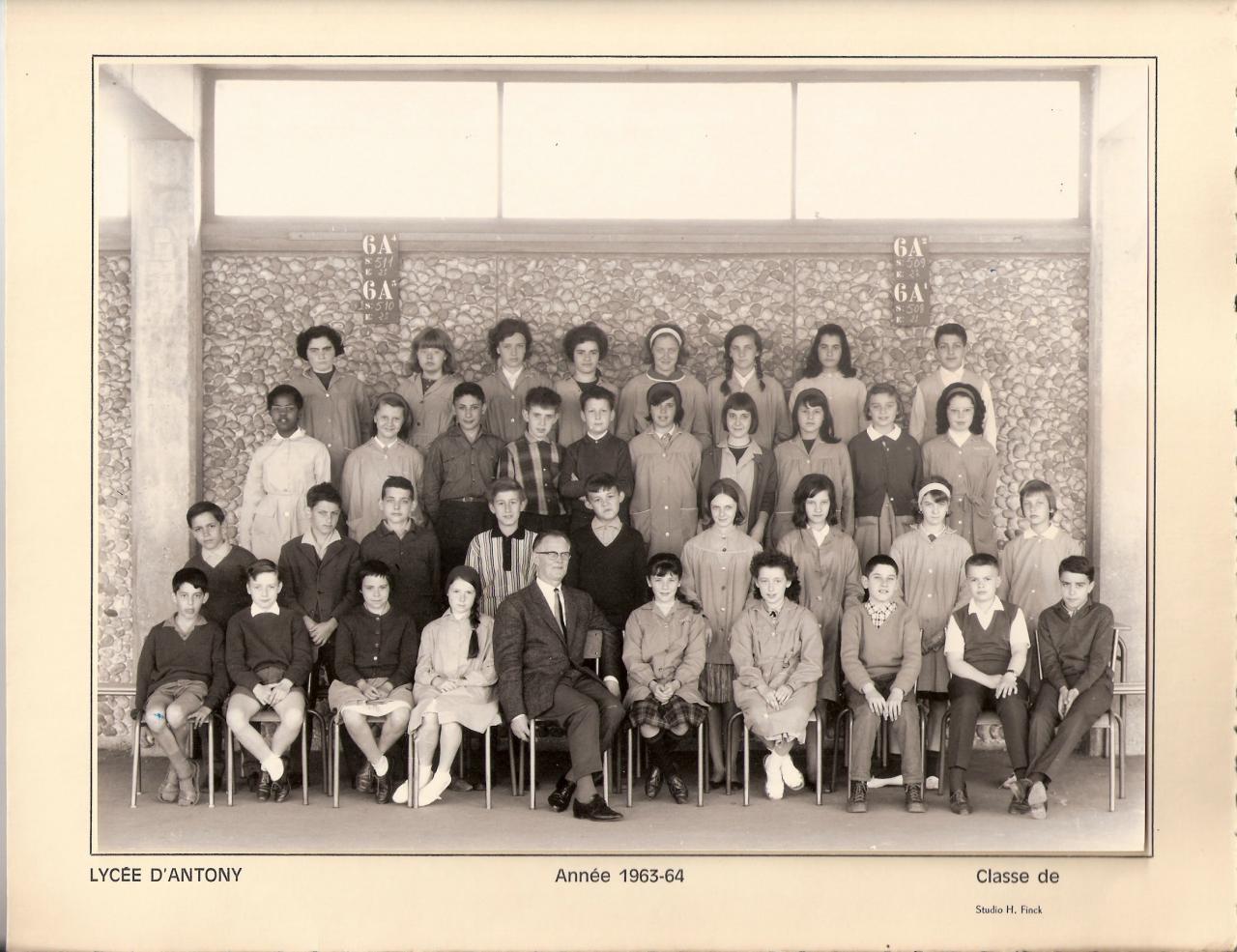 1963-64 - 5ème A avec Monsieur Hofeur