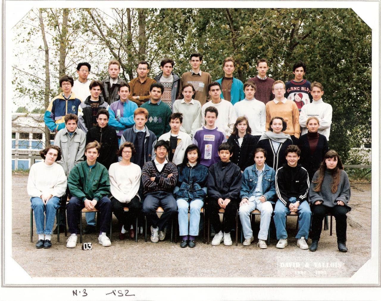 1992 - 1S2