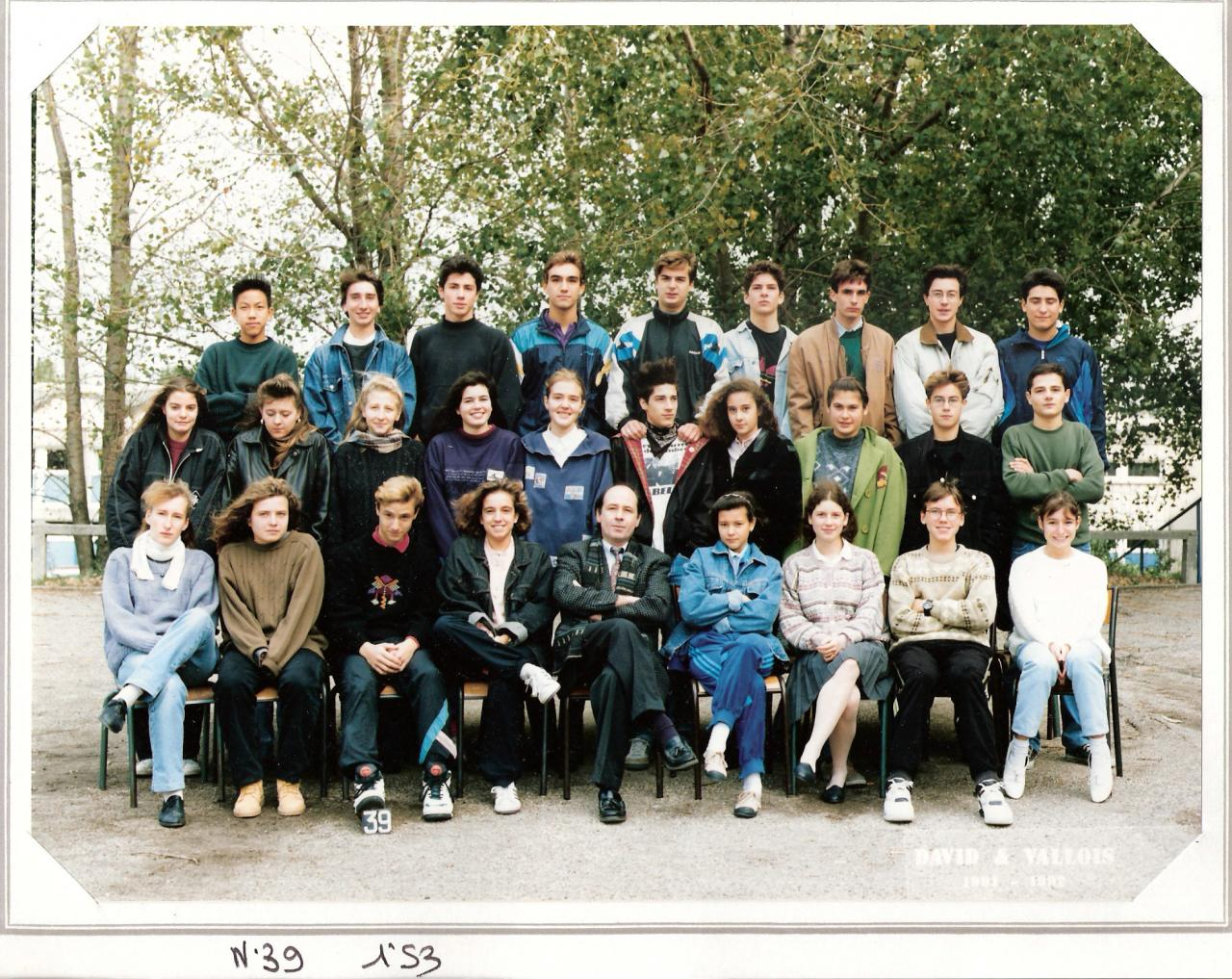 1992 - 1S3