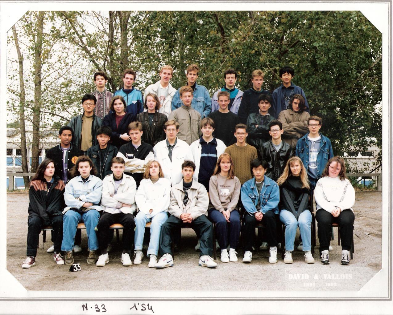 1992 - 1S4