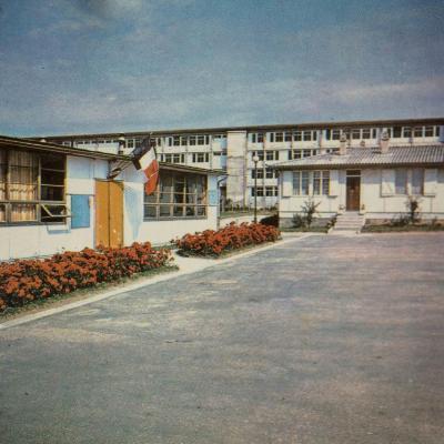 Le Lycée à ses débuts
