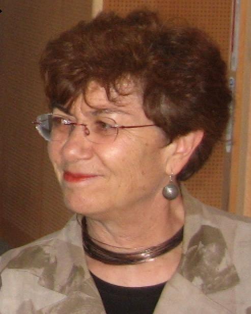 Madame Nagy, proviseure du Lycée.